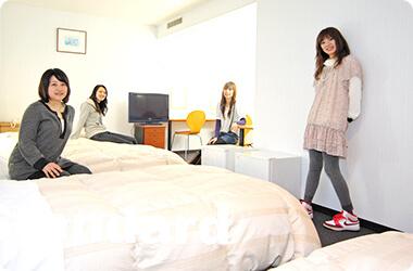 ホテルを学校寮としてリニューアルした<br />「レディースインⅠ」